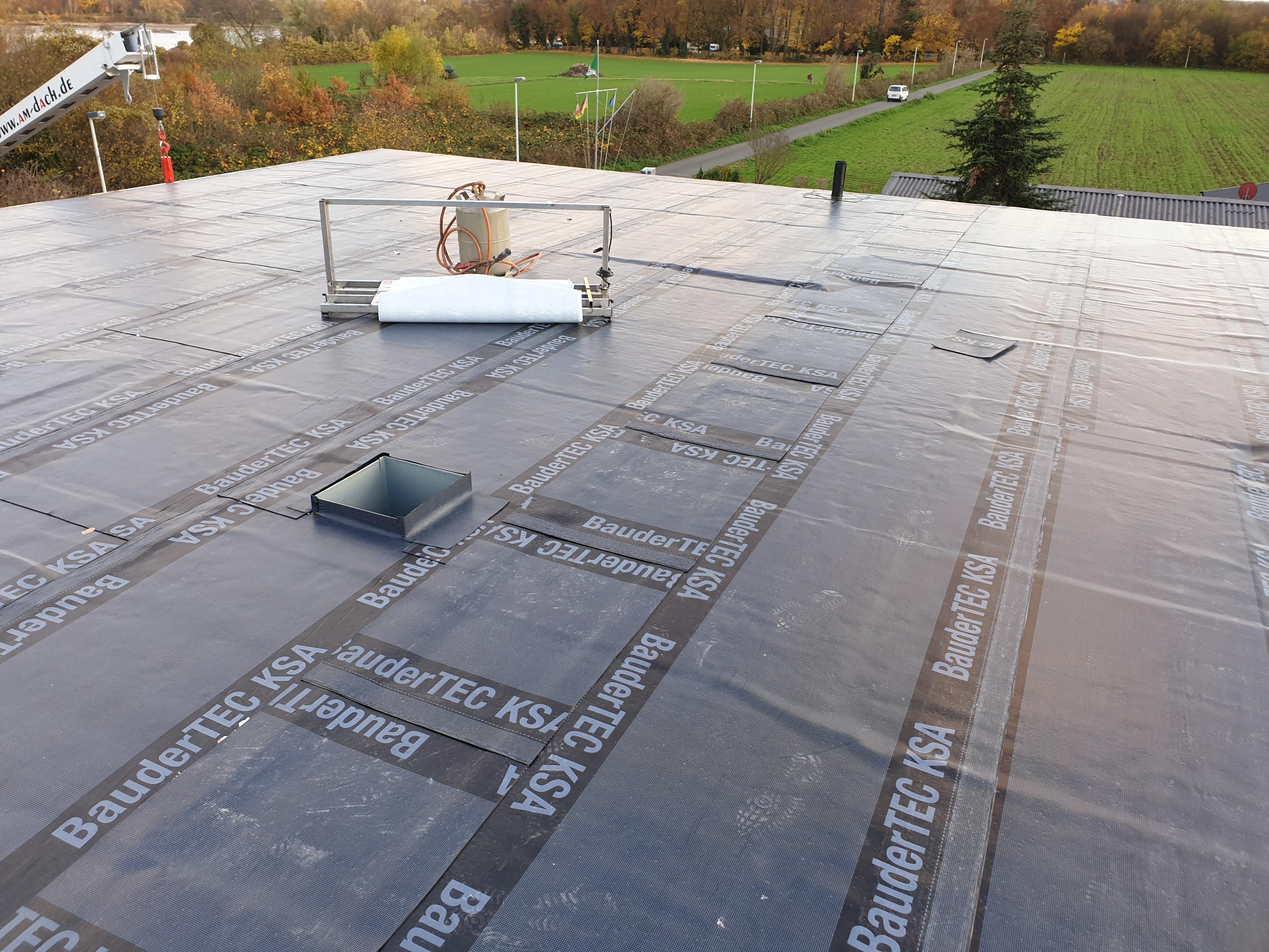 Top Flachdach Abdichtung für das Massivhaus | PICTURA CREATIVHAUS UY47
