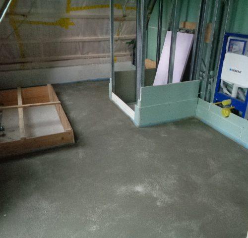 Guter Baufortschritt beim Neubau in Rösrath: Dämmung und Estrich