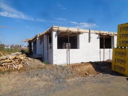 Neubau in Pulheim: Robauarbeiten